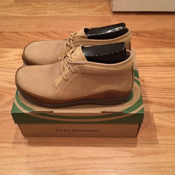 1f9a9d9788ce Chaco Shoes - Chaco women s Pineland Chukka Boot New!